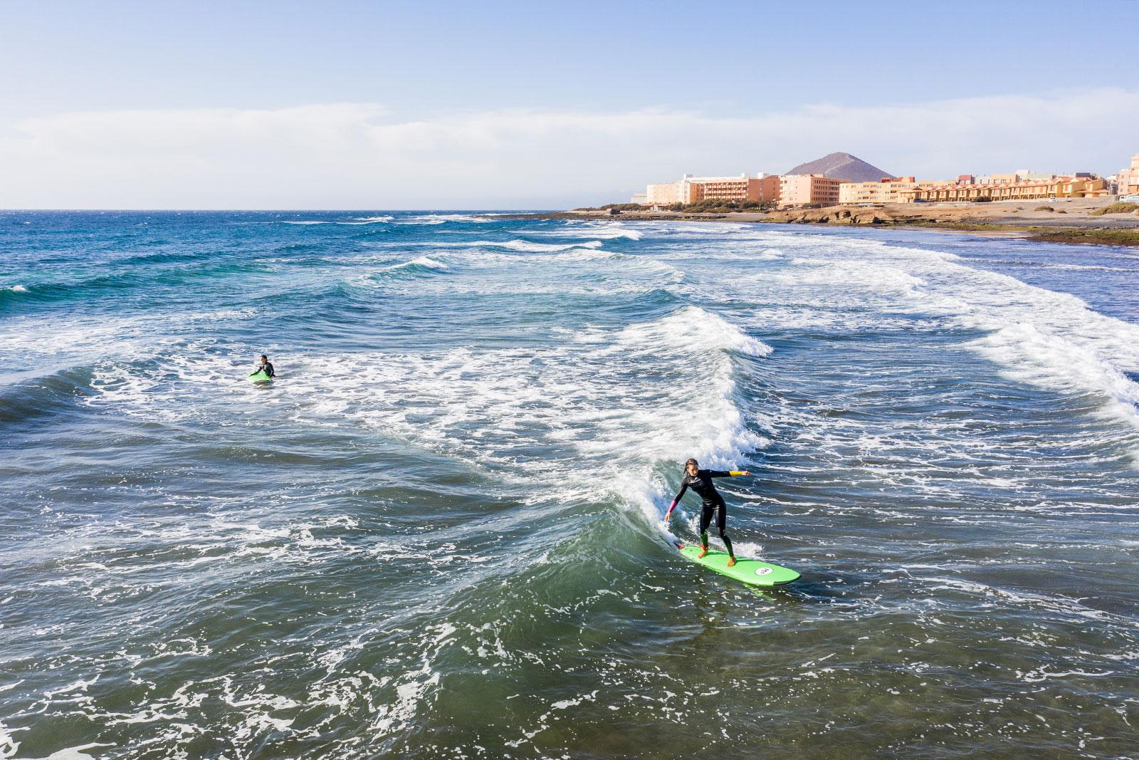 surfhub tenerife - surf1 - WINGFOIL / SURF / SUP