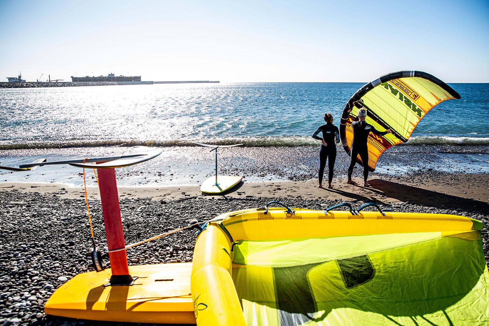 surfhub tenerife - wingfoil3 - WINGFOIL / SURF / SUP